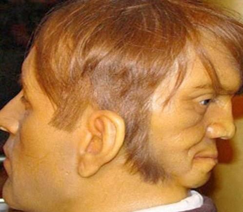 इंसान के दो चेहरे