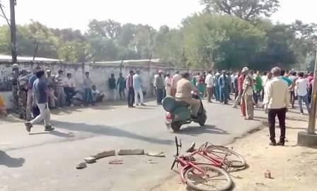 छात्रा की ट्रक के नीचे आने से मौत